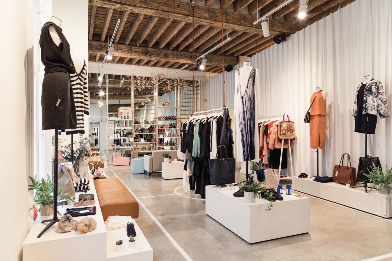 Monar & clothes retail design lab